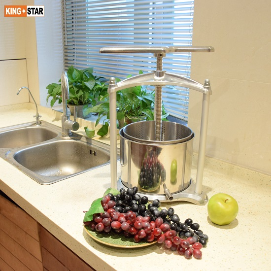 3L Aluminum Fruit Press